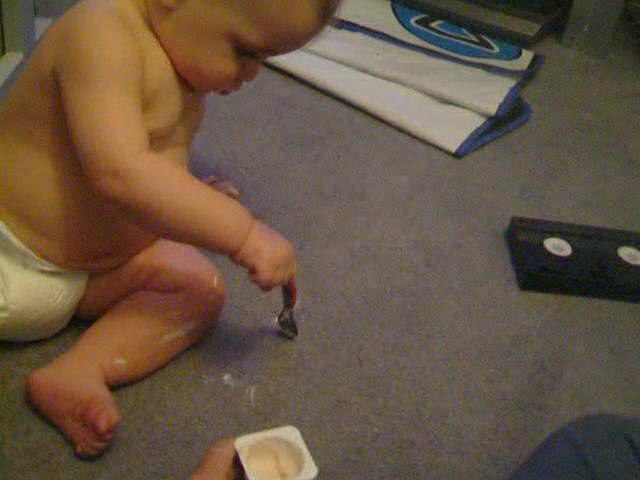 Baby with yogurt3